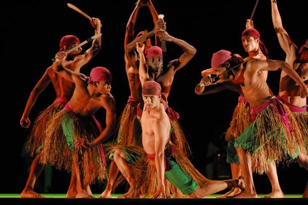 conjunto folklorivo cuba