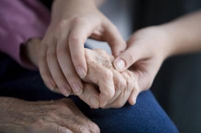 manos envejecimiento