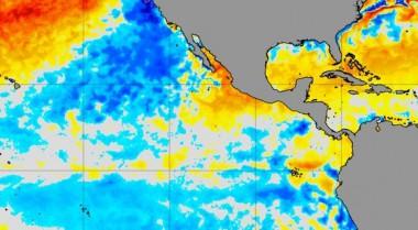 Anomalías de la temperatura superficial del mar/NOAA.