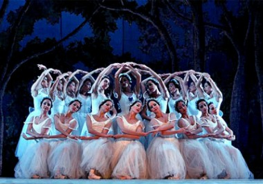 Ballet Nacional de Cuba festejará reapertura del Teatro Sauto