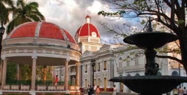 Cienfuegos arriba a su bicentenario