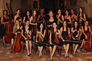 La formación musical femenina cubana Camerata Romeu