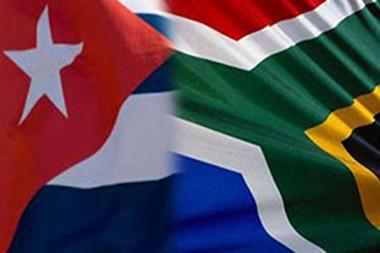 banderas de Sudáfrica y Cuba