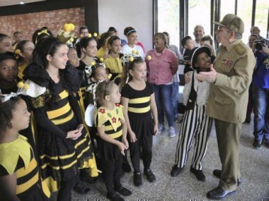 Exalta Raúl labor de La Colmenita en carta de felicitación por su aniversario 30
