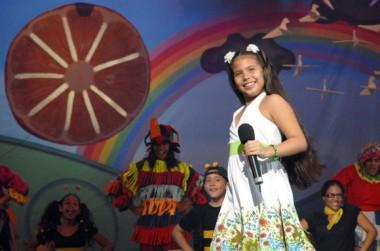 Festival de Creación de la Canción Infantil Cantándole al Sol