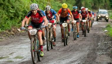 Titan Tropic de ciclismo de montaña.
