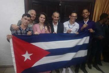 Jóvenes cubanos en Olimpiada Centroamericana de Biología