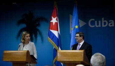Federica Mogherini y Bruno Rodríguez.