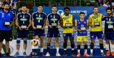 Cubano López en Todos Estrellas del Suramericano de Voleibol