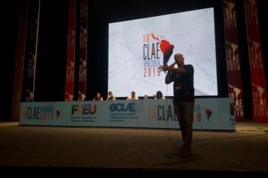 Gerardo Hernández en el CLAE en Caravas, Venezuela