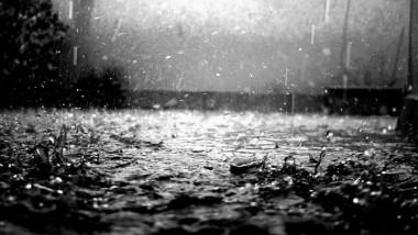 Agua de lluvia para alegrar el cuerpo
