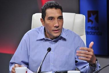 Ministro de Transporte, Eduardo Rodríguez Dávila