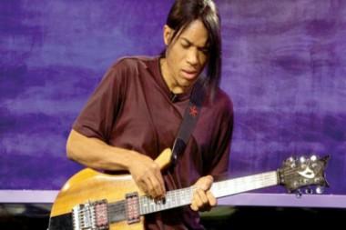 Guitarrista estadounidense Stanley Jordan en Festival Jazz Plaza